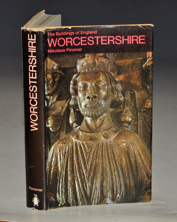Image for Worcestershire. The Buildings of England.