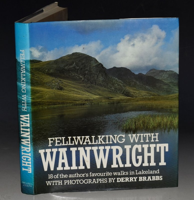 Image for Fellwalking With Wainwright.