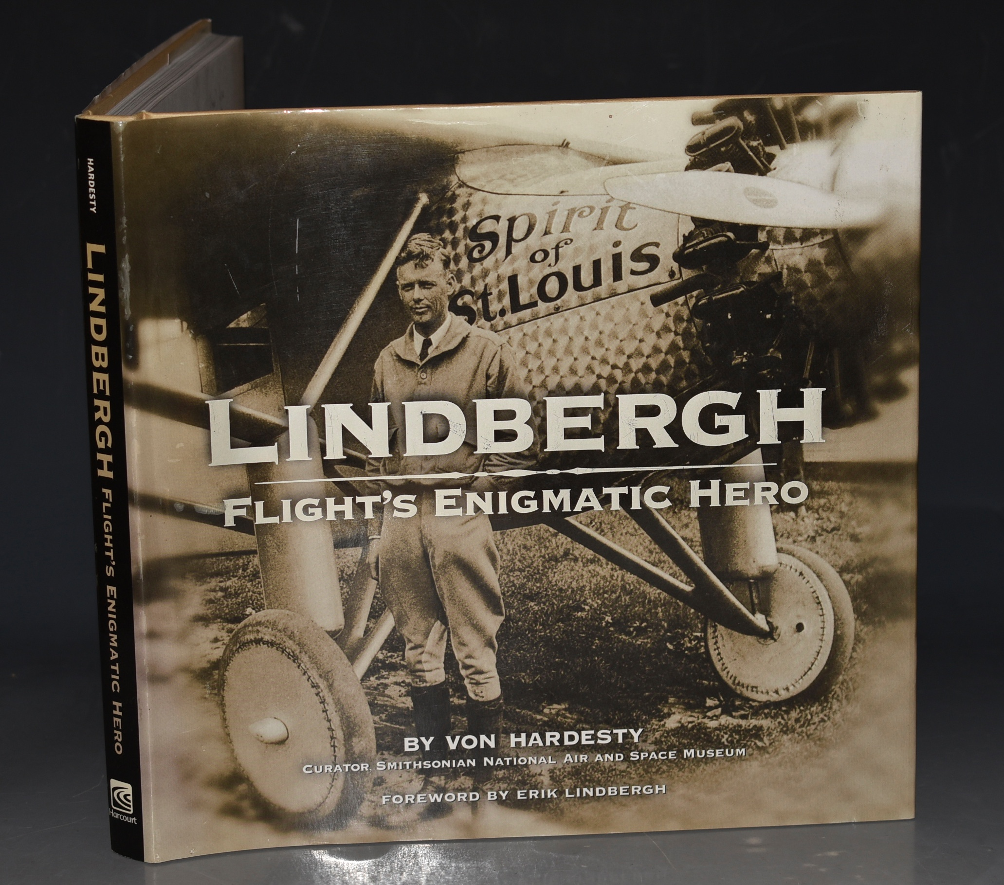 Image for Lindbergh, Flight's Enigmatic Hero Foreword by Erik Lindbergh.