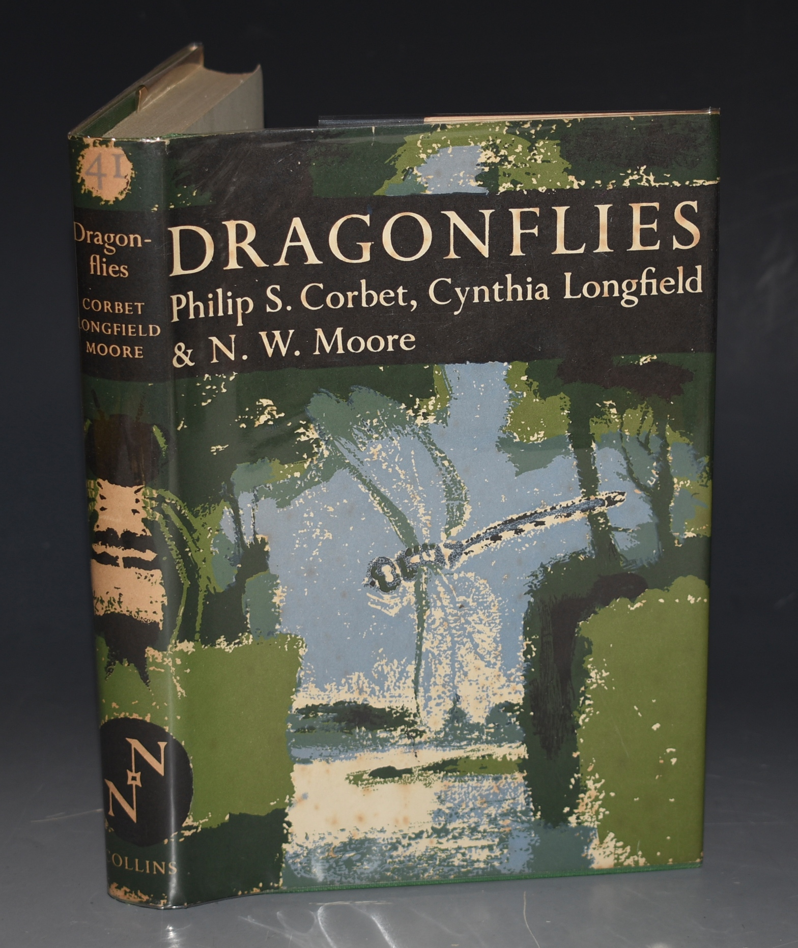Image for Dragonflies. The New Naturalist 41.