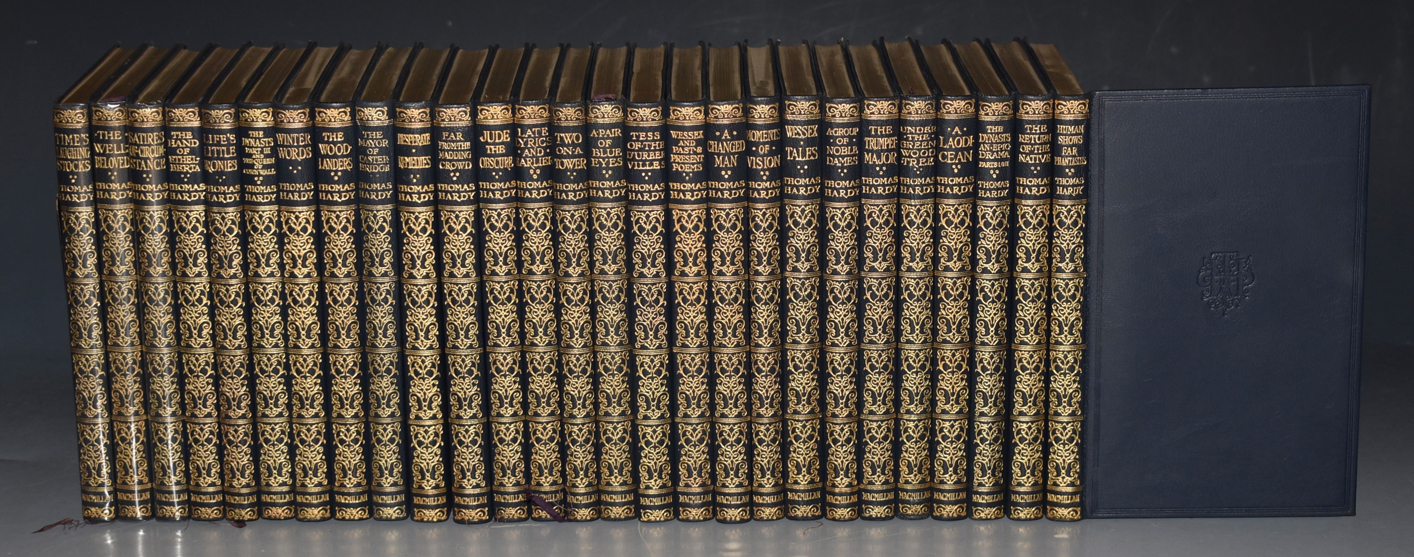 Image for Works. Complete in 27 volumes. Fine leather set of the pocket editions