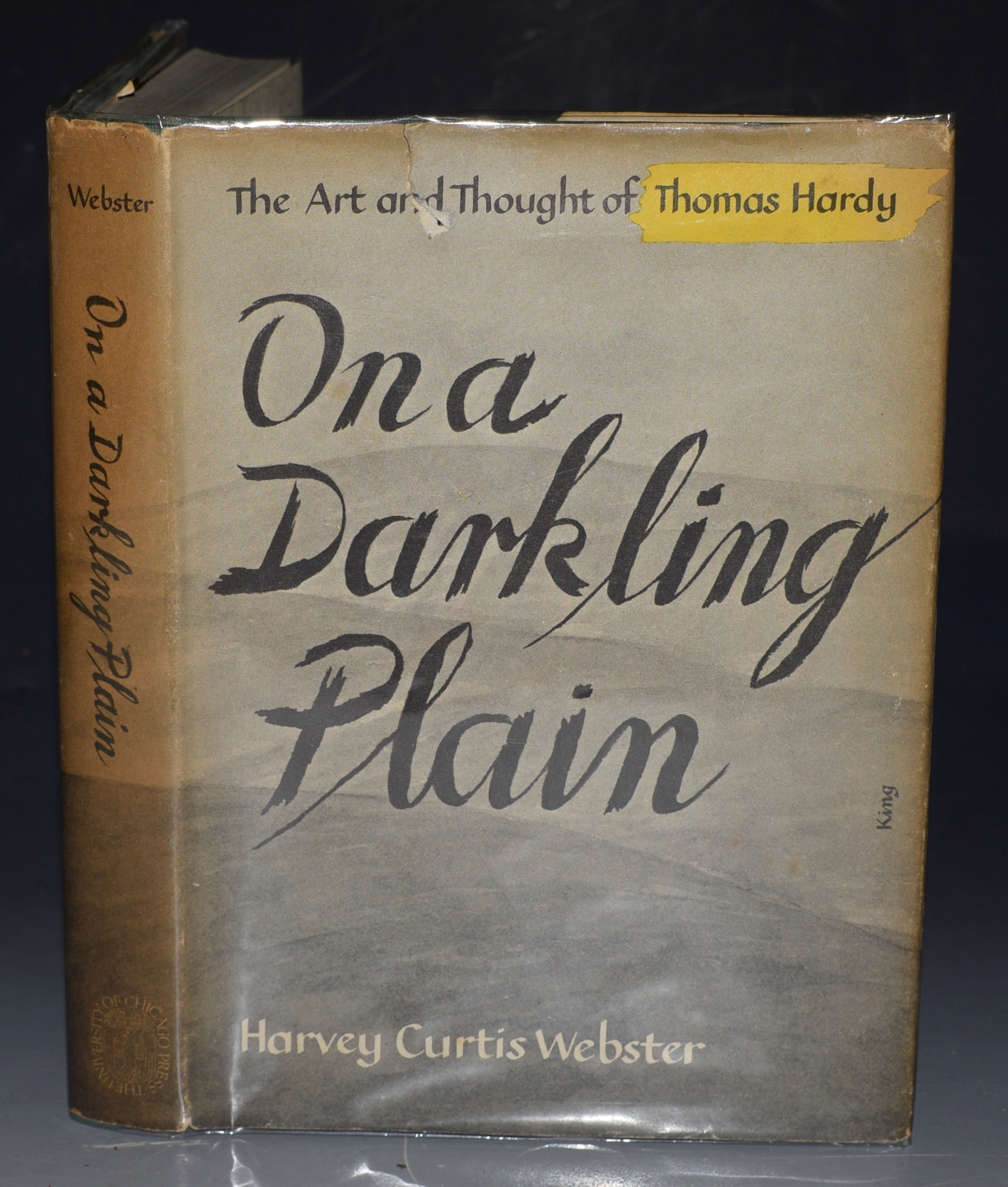 Image for On a Darkling Plain. The Art and Thought of Thomas Hardy.